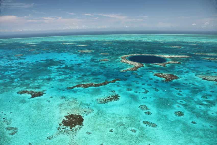 Outer Cayes and Atolls of Belize